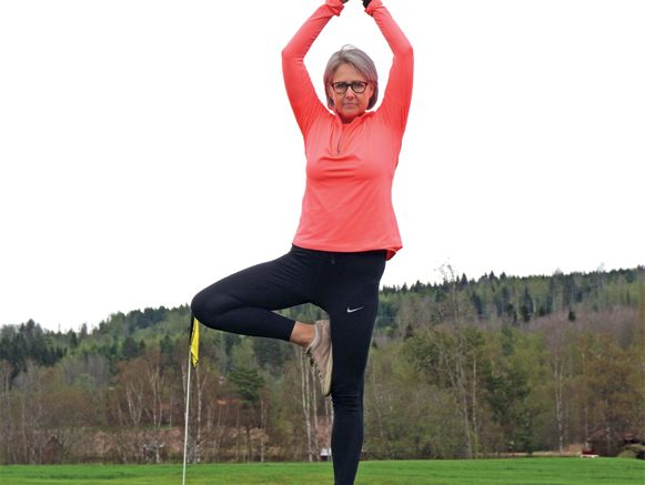 Tiina Ohlsson gillar golfyoga.