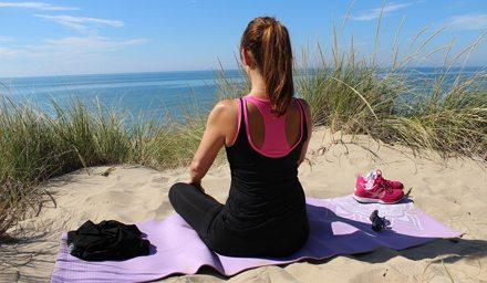 knäskador vid yoga