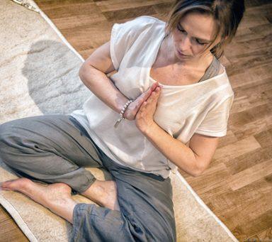 Camilla mediterar varje dag