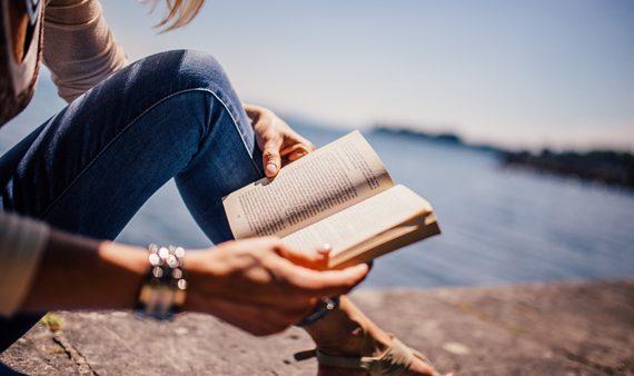 Böcker, appar och musik: 10 vårtips från redaktionen