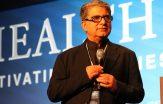 Amerikansk-indisk hälsoprofet vill frälsa Paris