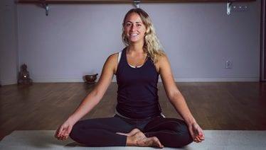 Här är yogakursen som är anpassad speciellt för singelföräldrar