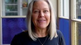 "Monica har yogat sedan 1981: ""Farmor lärde mig"""
