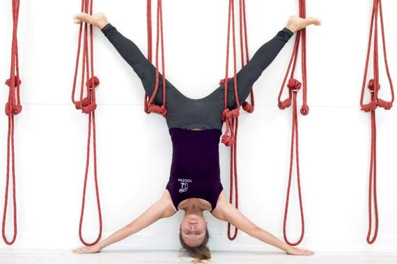 Svetlana samlar Stockholms ryska yogis