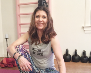 yoga live med Cecilia Götherstörm